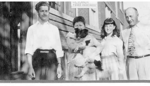 (Ronnie with his mother, sister Joyce and father, courtesy of Joyce Glantz)
